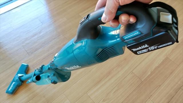 makitaのスティック型掃除機