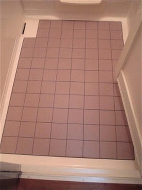 お風呂の床タイル掃除完成